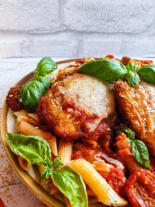 Chicken Parmesan cu Paste Excellent